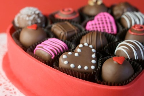 The Allergy Free Wife's Top 14 Allergen-Free Valentine's Day Candy Picks!