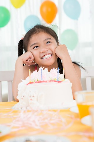 Yummy Recipes for Food-Allergic Kids' Birthday Cakes