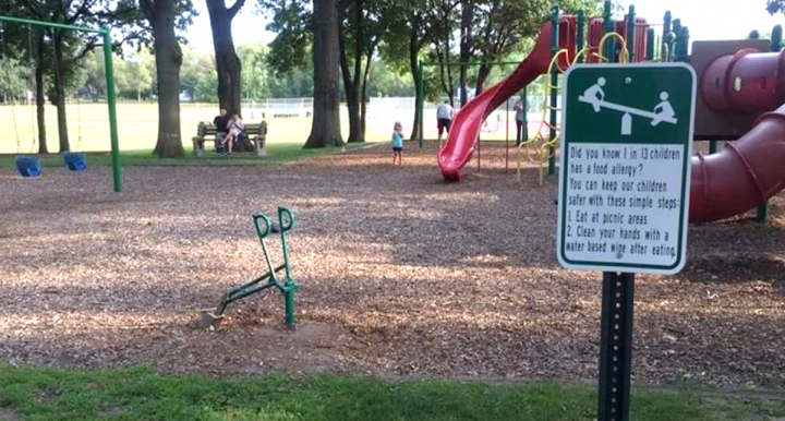 New Playground Signs May Help Prevent Allergic Reactions
