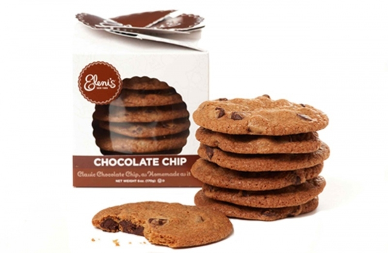 cd9963d6ce022b50c1c9ccf4.jpg - Chocolate Chip Crisp Cookies<br />As homemade as it gets, Eleni's chocolate chip cookies are crisp, delicious and perfect for snacking. Our chocolate chip crisps are a best-seller! <br />Cookie Count: 9 cookies, approx. 7 oz.<br />$5.95